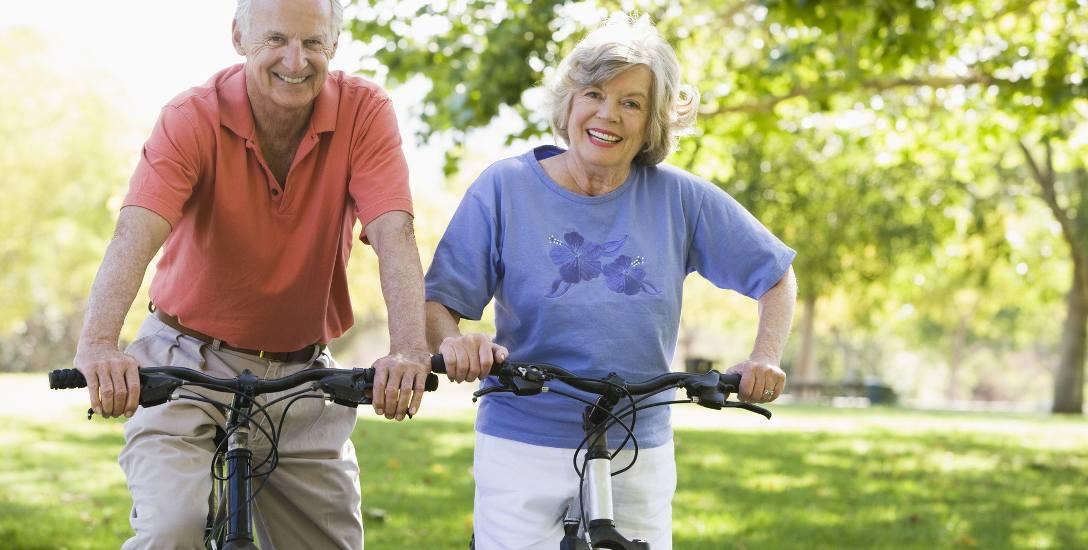 Na nadciśnienie bardziej narażeni są mężczyźni niż kobiety - przede wszystkim ci po 55 roku życia i palący papierosy. Jednak obie płcie powinny dbać