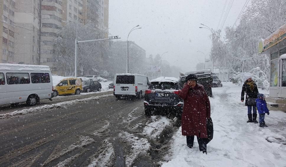 """Film do artykułu: """"Zima trzydziestolecia"""" nadchodzi? """"Obfite opady śniegu i nawet minus 20 stopni C"""". Wierzyć w te prognozy? [20.11.2019]"""