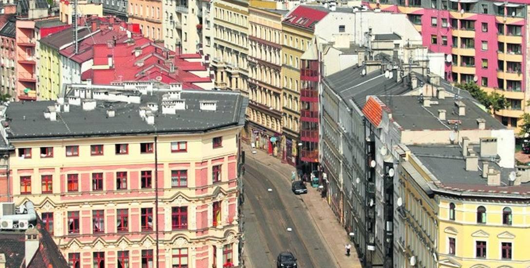 Długi czynszowe we Wrocławiu sięgają ok. 180 mln zł. Władze starają się je odzyskiwać, oddając te sprawy m.in. do sądu