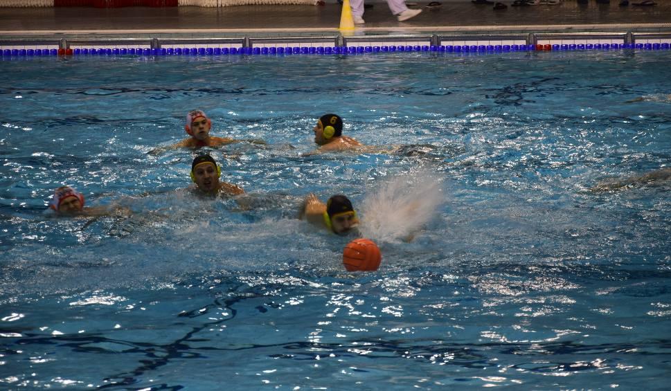 Film do artykułu: Kwalifikacje Mistrzostw Polski młodych waterpolistów w Ostrowcu