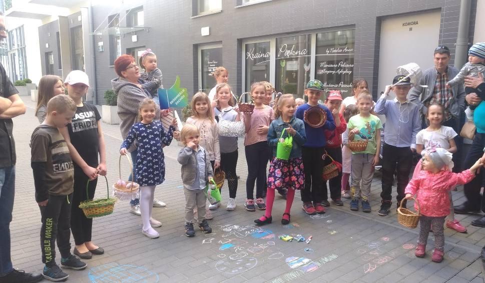 Film do artykułu: Wielkanocne poszukiwanie jajek w Szczecinie [WIDEO]