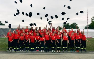 W Miejscu Odrzańskim od 2010 roku nie przyszedł na świat żaden chłopiec. Większość drużyny Młodzieżowej Drużyny Pożarniczej stanowią dziewczyny.