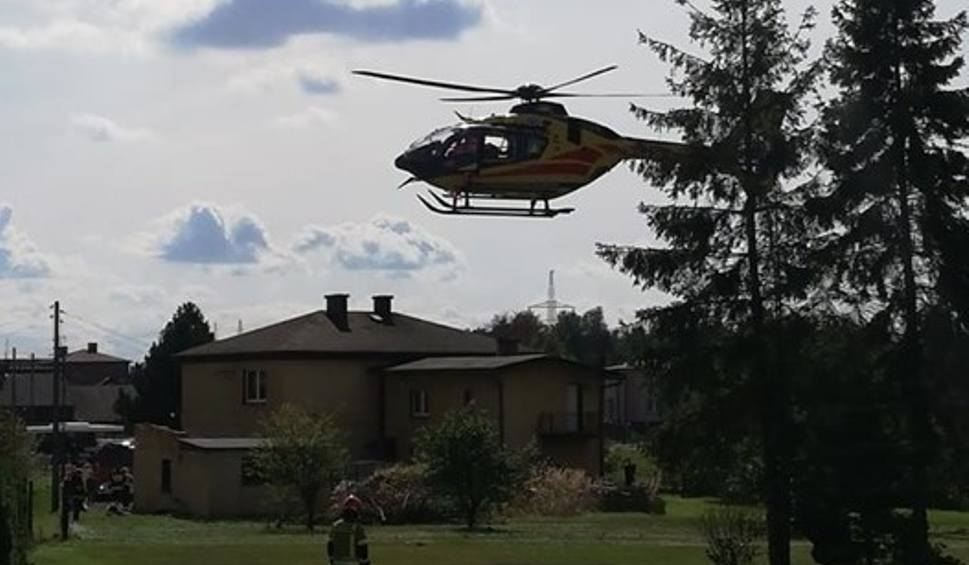 Film do artykułu: Wypadek w Radlinie. Mężczyzna spadł z dachu. Lądował LPR