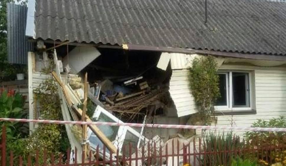Film do artykułu: Prykocicie: Wybuch gazu w domu w gminie Bejsce. Jedna osoba ciężko ranna