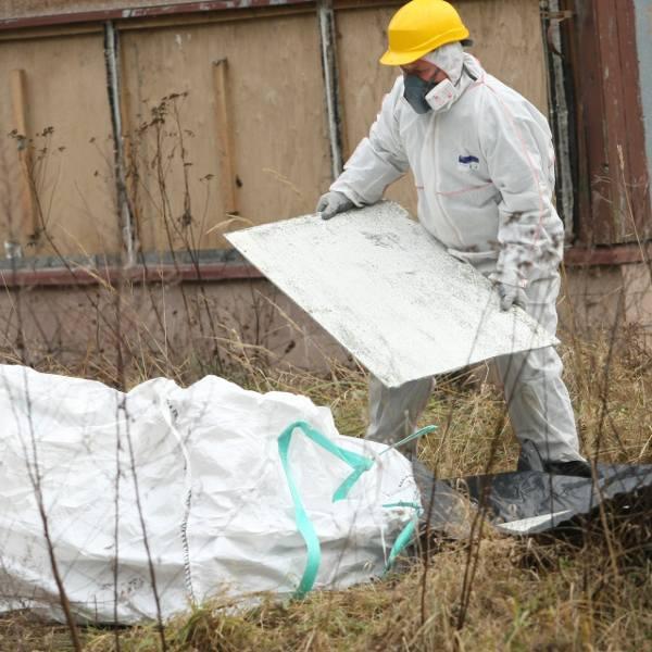Gmina Dębica pomaga usuwać azbest