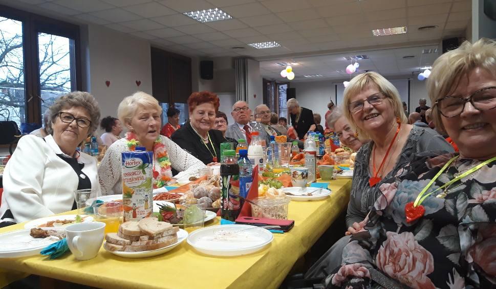 Film do artykułu: Walentynkowe spotkanie słupskich seniorów w SCOPIES
