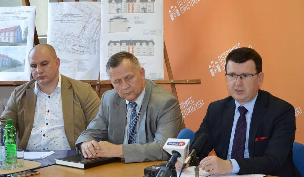 Film do artykułu: Budują kolejny blok socjalny w Ostrowcu dla tych mieszkańców, którzy płacą czynsze