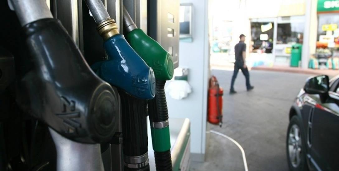 Wzrosną ceny paliw na podkarpackich stacjach. Kierowco tankuj samochód, bo wkrótce będzie drożej