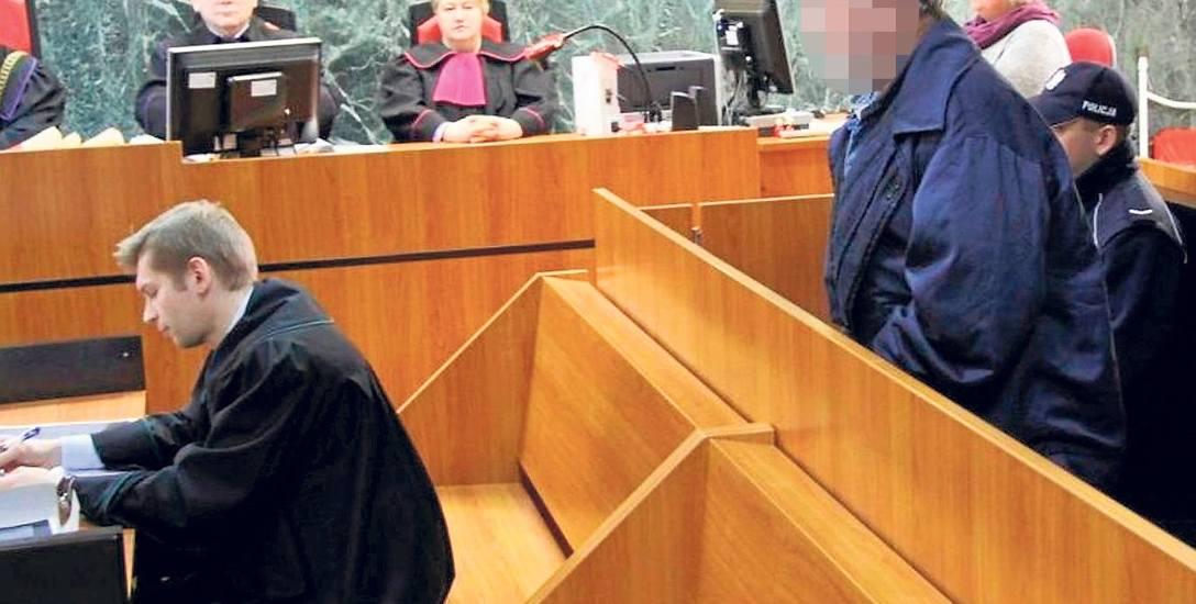 Potrójne zabójstwo w Stalowej Woli. Każda z ofiar dostała ponad 20 ciosów nożem. Trwa proces przed Sądem Apelacyjnym w Rzeszowie