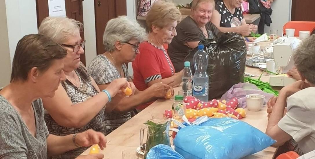 Klub Wsparcia Seniora AS w Zwierzynie działa od maja. Od poniedziałku do piątku ponad 20 osób przychodzi tu m.in. na zajęcia