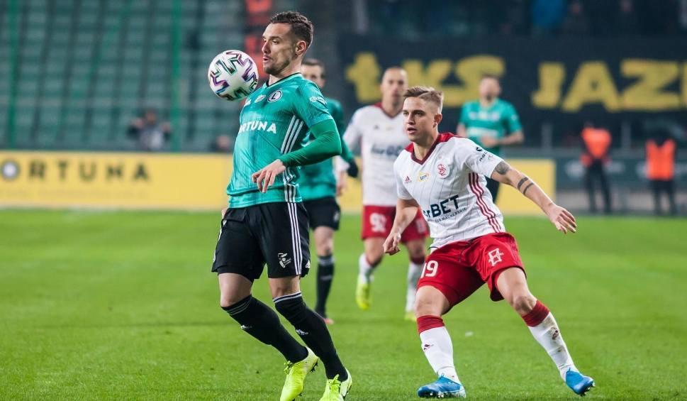 Film do artykułu: Marko Vesović: Nie jesteśmy słabsi niż jesienią, udowodnimy to na boisku [WYWIAD, WIDEO]