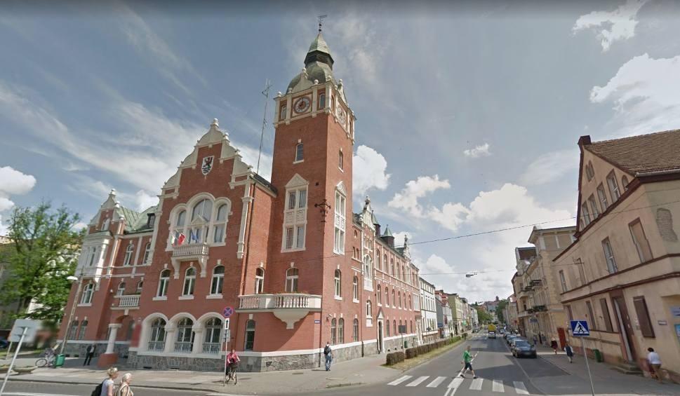 Film do artykułu: Wybory samorządowe 2018. Kto wygrał miejsce w Radzie Powiatu Słupskiego. Oficjalne wyniki