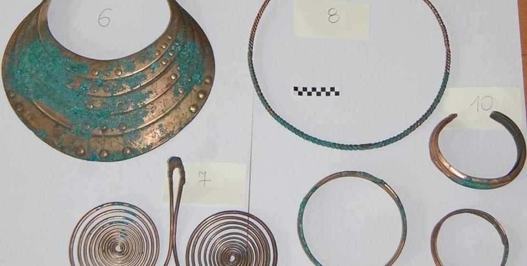 Taka biżuteria trafiła do lęborskiego muzeum.