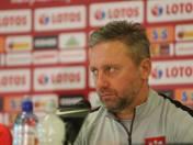 """Brzęczek skrytykował Lewandowskiego. """"Piłkarze powinni skoncentrować się na wykonywaniu zadań, które narzucone są przez trenera"""""""
