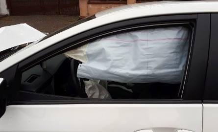 Do groźnych wypadków doszło dzisiaj na ulicach Popularnej i Wólczańskiej.Dziś rano do groźnego zdarzenia doszło na ulicy Popularnej. Prawdopodobnie nietrzeźwy