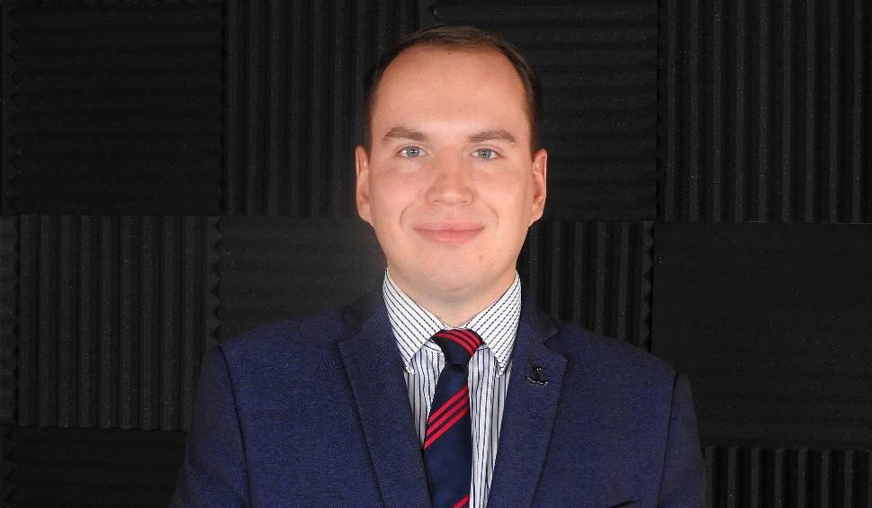 Film do artykułu: Adam Andruszkiewicz: Zostawimy polską walutę, nie wpuścimy tu islamskich imigrantów, jesteśmy przywiązani do tradycji [WIDEO]