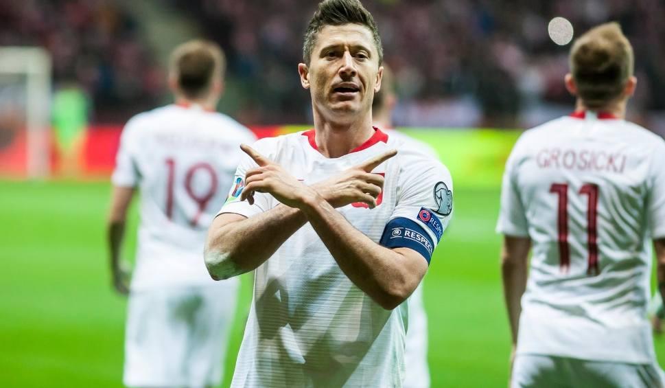 Film do artykułu: Polska - Łotwa [ZDJĘCIA] Kadra Brzęczka znów zwycięska, choć do przerwy grała fatalnie. Lewandowski znów ratuje nam skórę na PGE Narodowym
