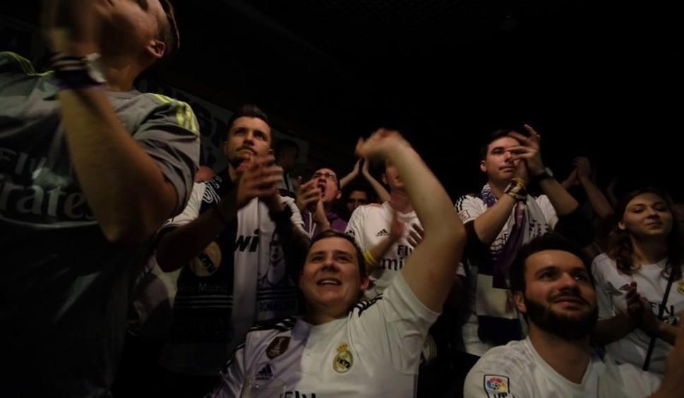 Film do artykułu: FC Barcelona - Real Madryt 1:1. Kibice Realu oglądali mecz w Poznaniu [ZDJĘCIA]