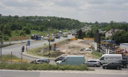 Trasa DK 94 w Sosnowcu korkuje się na kilka kilometrów przed skrzyżowaniem przy Makro