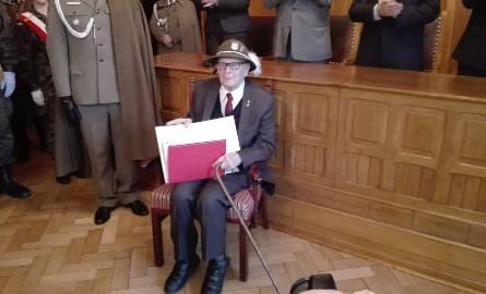 Alojzy Fros, 100-latek i bohater wojenny właśnie został podporucznikiem