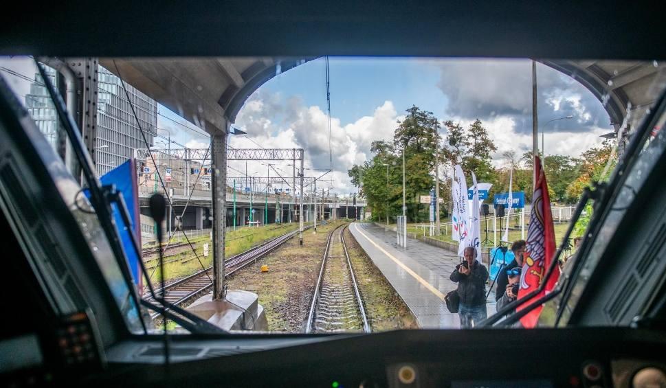 Film do artykułu: Ze Szczecina do Poznania pojedziemy pociągiem 160 km/h i 50 min krócej. Kiedy?