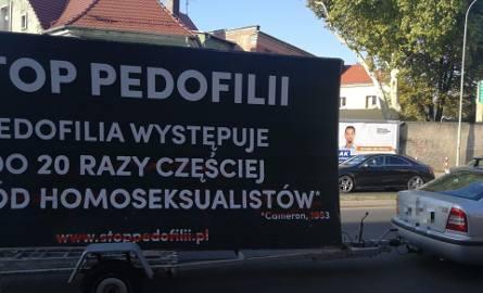 Taki baner w poniedziałek (15 października) pojawił się w Zielonej Górze.