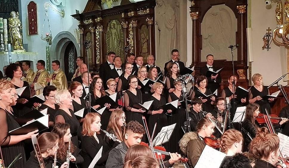 Film do artykułu: Święto Kupca 2018 w Limanowej, koncert jubileuszowy Chóru Canticum Iubilaeum