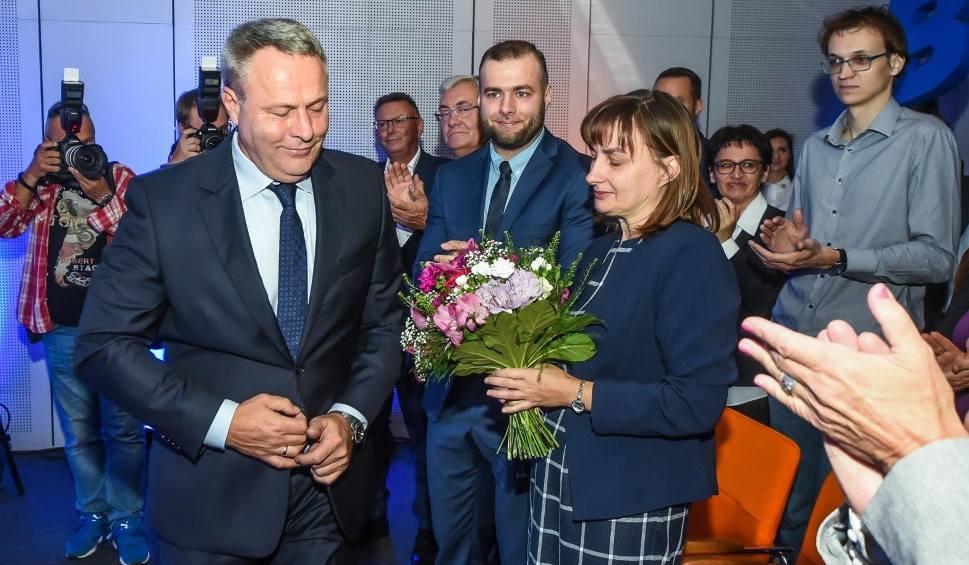 Film do artykułu: Konwencja wyborcza Rafała Bruskiego. Prezydent, ubiegający się ponownie o stanowisko, zapowiada jeszcze więcej inwestycji