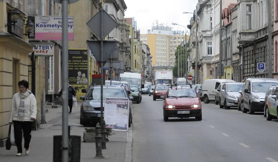 Film do artykułu: W Bydgoszczy nie chcą ścieżki rowerowej kosztem parkingów