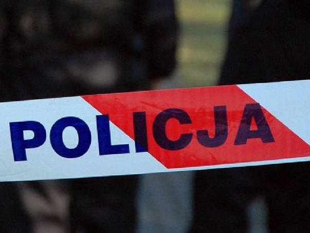 W biały dzień chciał zabić nożem dwóch policjantów