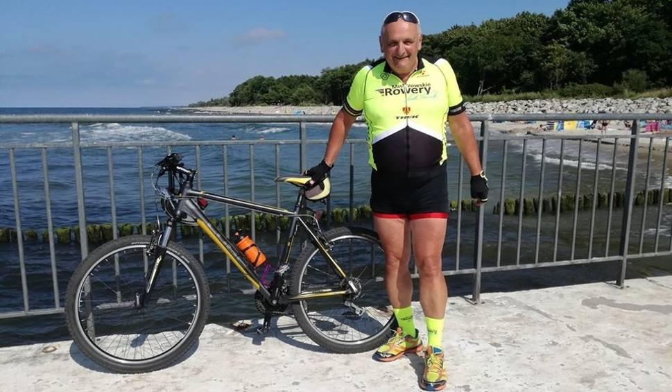 Film do artykułu: Pan Andrzej jeździ rowerem nawet... na balkonie