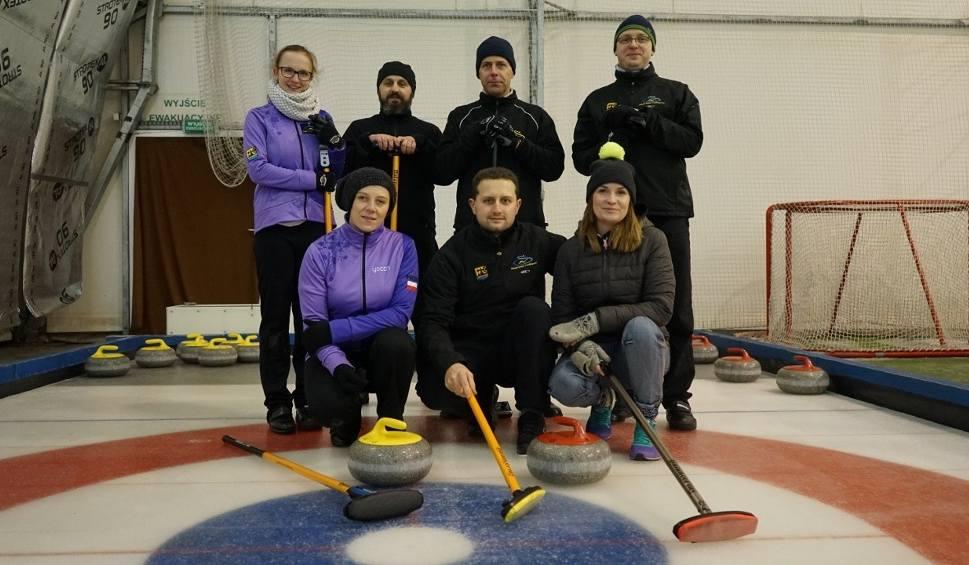 Film do artykułu: TU BYŁAM odc. 15. Kasia Kapusta gra w curling [WIDEO]