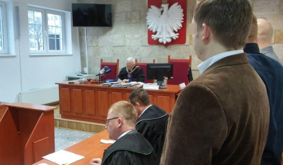 Film do artykułu: Koniec procesu w sprawie użycia paralizatora na kołobrzeskiej komendzie. Wyrok w czwartek