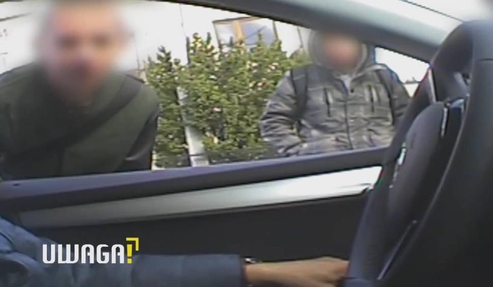 """Film do artykułu: Brutalne morderstwo w Częstochowie. Nastoletni sprawca jest wciąż na wolności. W programie """"Uwaga! TVN"""" opowiada o zbrodni WIDEO"""