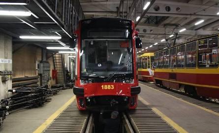 W sumie, MPK Łódź zamówiło dwanaście nowoczesnych tramwajów. Cały kontrakt na zakup pojazdów opiewa na 99,6 mln zł.