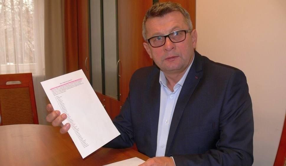 Film do artykułu: Kazimierz Skóra - wójt, którego polityka nie interesuje. Bo jego zdaniem w samorządzie nie ma na nią miejsca