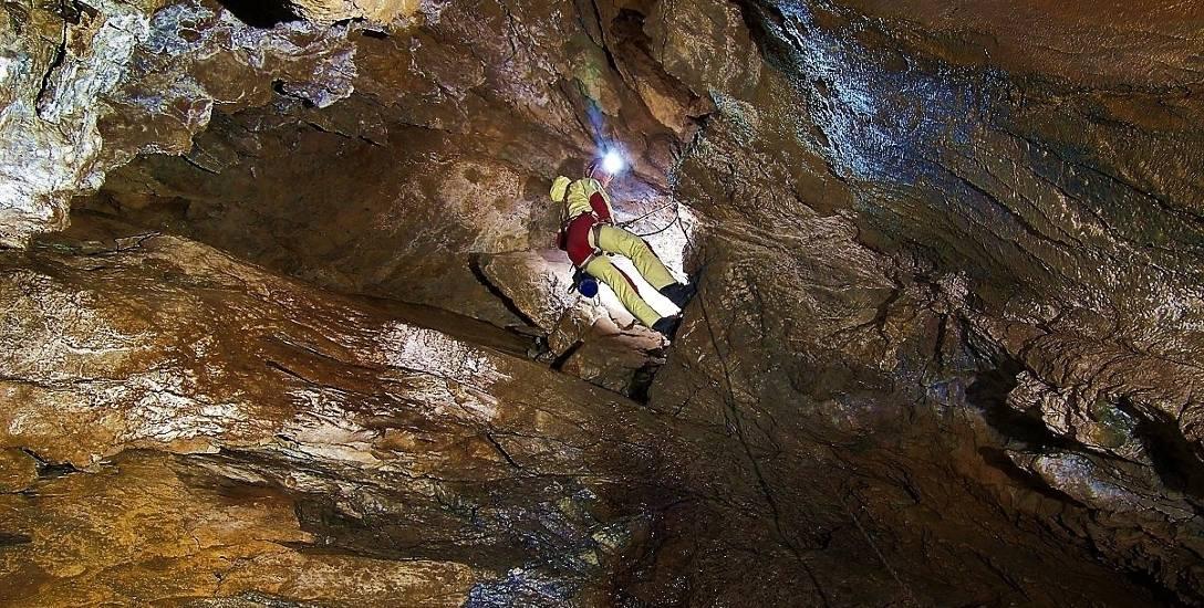 Jaskinia Wielka Śnieżna. Jedna z najdłuższych i najbardziej tajemniczych w Tatrach. Niektóre jej części są wciąż niezbadane