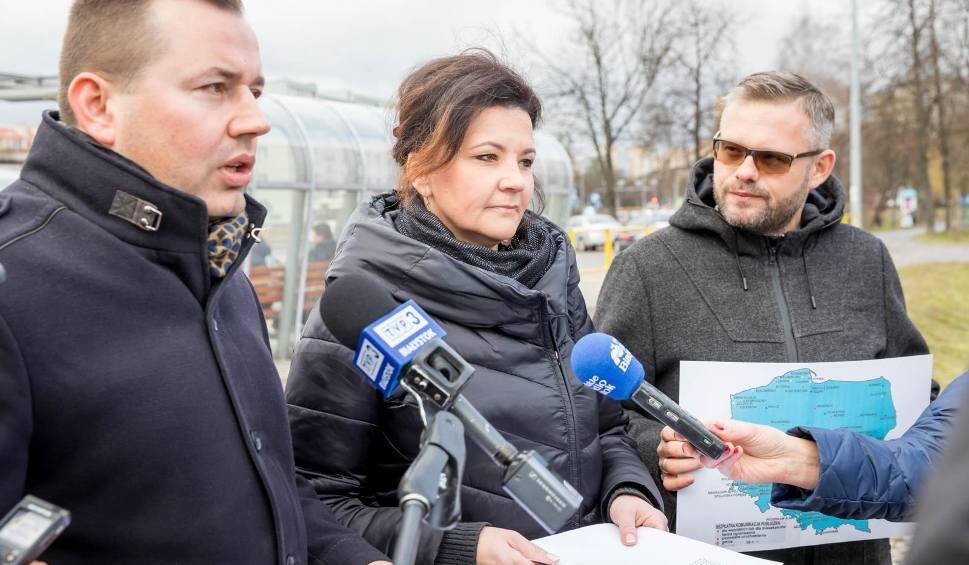 Film do artykułu: Białystok: Darmowa komunikacja miejska dla licealistów? PiS chce, prezydent mówi nie [WIDEO, ZDJĘCIA]