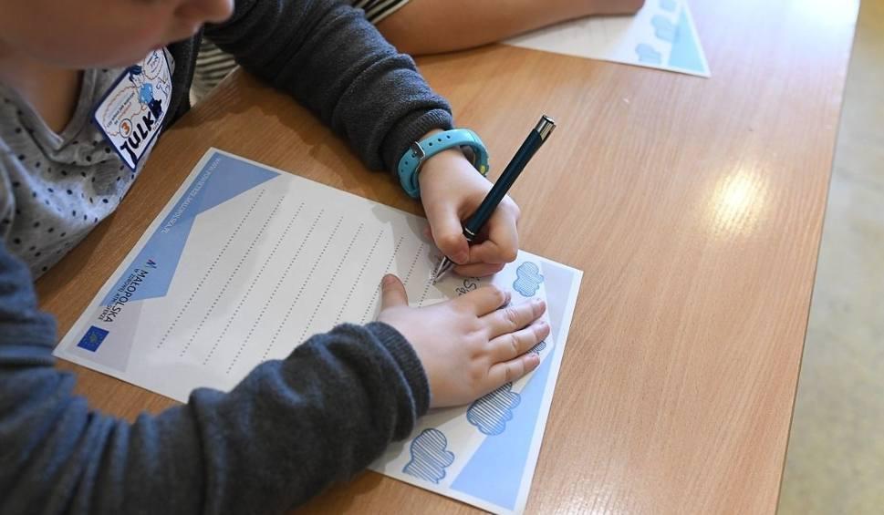 Film do artykułu: Dzień Czystego Powietrza. Dzieci namawiają sąsiadów, by wymienili piec na bardziej ekologiczny