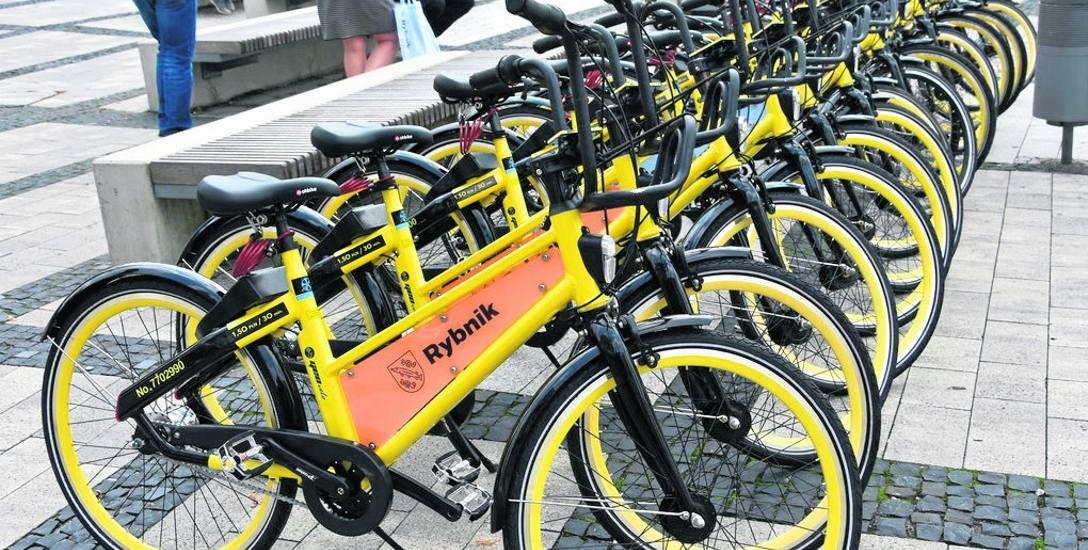 W Rybniku od zeszłego czwartku można już wypożyczać 80 rowerów miejskich
