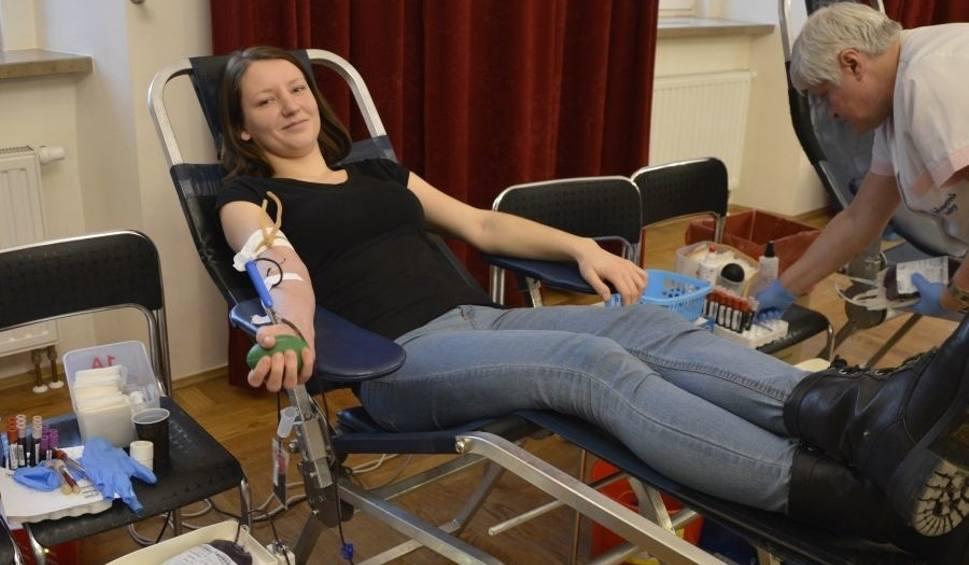 Film do artykułu: Jubileuszowa, 10. akcja krwiodawstwa w Pińczowie zakończona rekordem