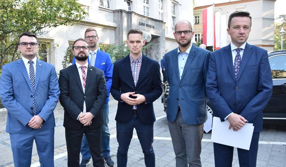 Film do artykułu: Wybory samorządowe 2018. Cztery komitety zarzucają Radiu Opole nierówne traktowanie