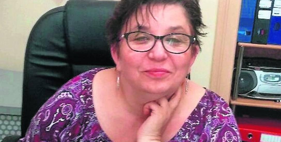 """Pracująca w szkole od 28 lat D. Maćkowska w tej chwili pracuje w świetlicy żagańskiej """"Dwójki"""" i już usłyszała, że w przyszłym roku etatu dla niej może"""