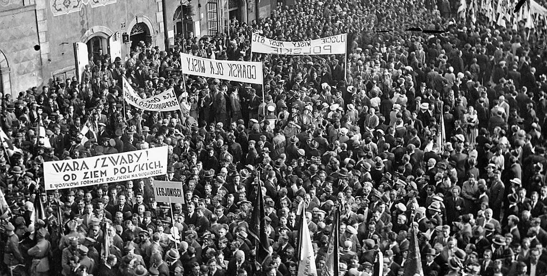 W marcu 1939 roku przez Polskę przetoczyła się fala wieców i demonstracji, podczas których wzywano do zajęcia Gdańska