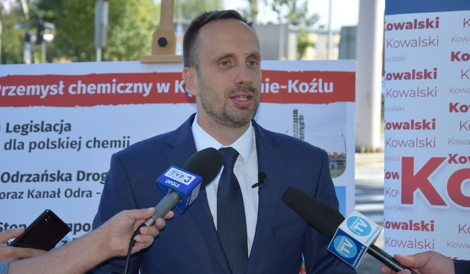 Film do artykułu: Wybory parlamentarne 2019. Janusz Kowalski o zagrożeniach dla Grupy Azoty ze strony Kremla i Rosji oraz rozwoju żeglugi