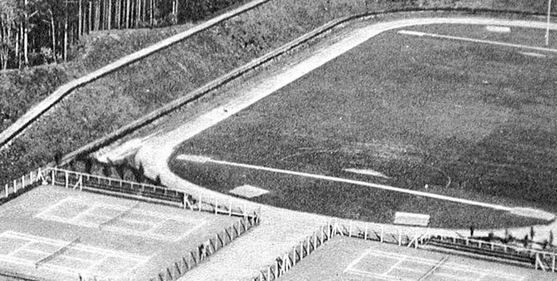Przed wojną korty tenisowe an stadionie 650-lecia były też bliżej boiska