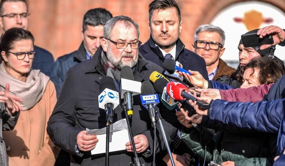 Film do artykułu: Zarzuty dla osób zabezpieczających tragiczny finał WOŚP. Władze Gdańska i poseł Adamowicz komentują decyzję Prokuratury Regionalnej