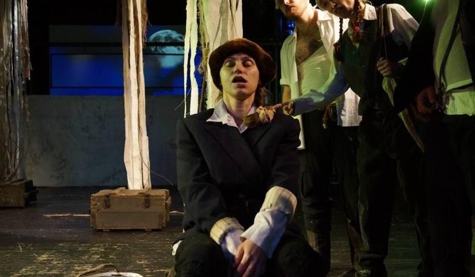 Film do artykułu: Supraśl. Teatr Wierszalin w sztuce Wziołowstąpienie (zdjęcia, wideo)