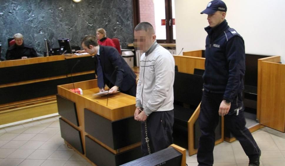 Film do artykułu: Oskarżony o próbę zabójstwa babci mieszkaniec Stalowej Woli stanął przed sądem w Tarnobrzegu