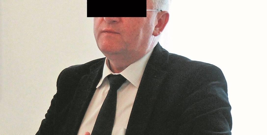 Stanisław G. w ostatnich wyborach samorządowych poniósł druzgocącą porażkę, nie przeszedł nawet do drugiej tury wyborów pokonany przez Małgorzatę Więckowską